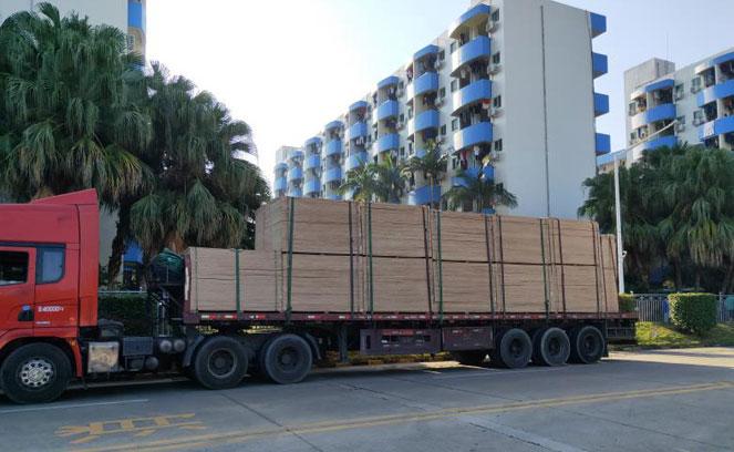 这个劳动节,铭仁4000套宿舍床,发往深圳比亚迪